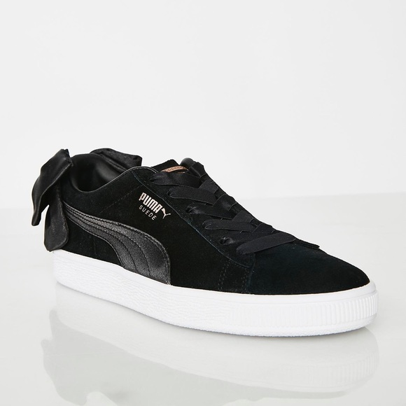 NEW Puma Suede Bow Sneakers NWT